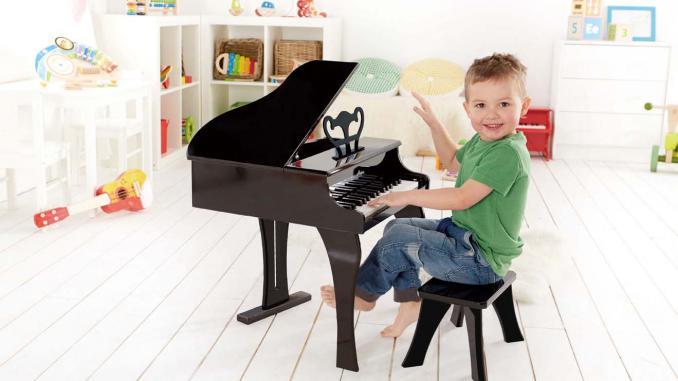 Музыкальные игрушки в подарок ребенку на новый год